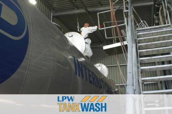 Internal Tanker cleaning