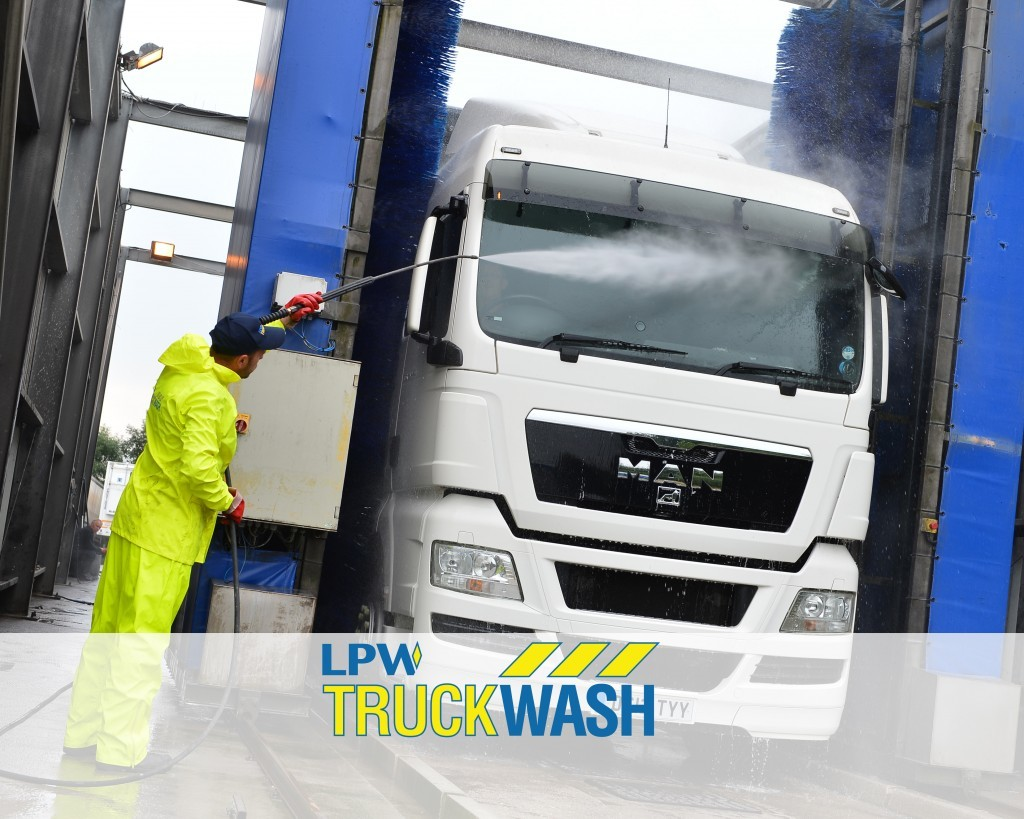lorry cleaning by LPW Europe