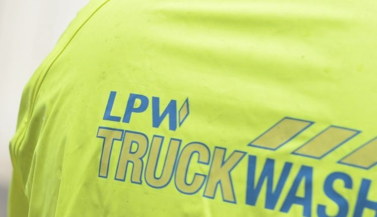 Title graphic for LPW Europe blog about truck washing company near you